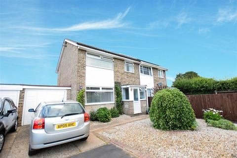 3 bedroom semi-detached house for sale - Woodham Leas, Norwich