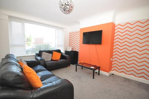 2 bedroom apartment to rent - London Road Portsmouth PO2