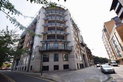 2 bedroom apartment to rent - City Road East, Manchester, M15 4QU