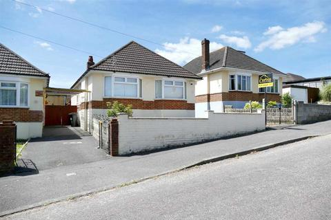 3 bedroom detached bungalow for sale - Fletcher Road, Bournemouth