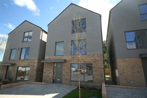 4 bedroom detached house to rent - Leckhampton Rise, Cheltenham, Gloucestershire, GL53