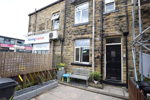 3 bedroom terraced house to rent - Wesley View, Pudsey, Leeds, West Yorkshire