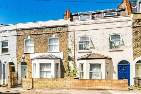 2 bedroom terraced house for sale - Knowsley Road, Battersea, London, SW11
