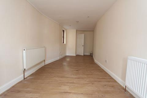 1 bedroom flat to rent - Friern Barnet Road, N11 - Inclusive of  Water & Council Tax