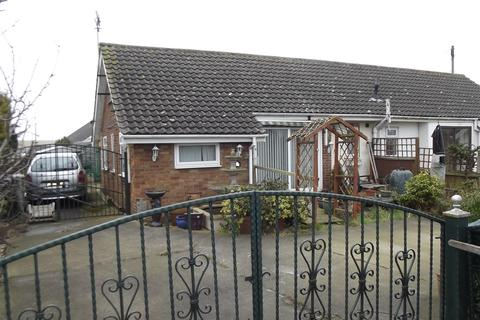 2 bedroom semi-detached bungalow for sale - Sutton Road, Trusthorpe, Mablethorpe, Lincolnshire, LN12 2PH