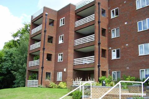 2 bedroom apartment to rent - Forest Close, Chislehurst