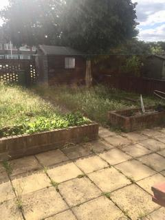 3 bedroom terraced house to rent - Limbourne Avenue,  Dagenham, RM8