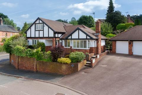 4 bedroom detached bungalow for sale - Audlem, Cheshire