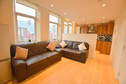 5 bedroom maisonette to rent - Eighth Avenue, Heaton, Newcastle Upon Tyne