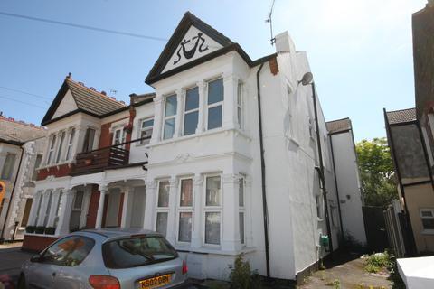 1 bedroom flat for sale - Elderton Road, Westcliff-on-Sea