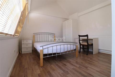 1 bedroom house share to rent - Denmark Street