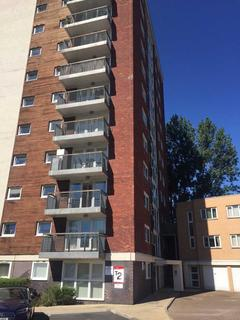 2 bedroom flat to rent - Lakeside Rise, Manchester