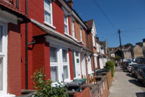 4 bedroom terraced house to rent - BERKELEY ROAD, LONDON N15