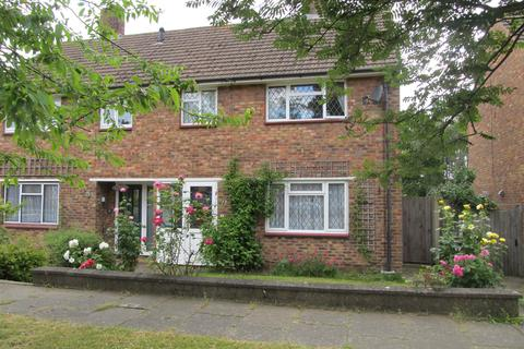 3 bedroom semi-detached house to rent - Dyke Drive, Orpington BR5