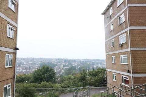 1 bedroom flat to rent - Longhill Avenue, Chatham, ME5