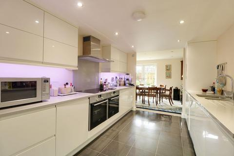 5 bedroom detached house for sale - Neath Farm Court, Cambridge