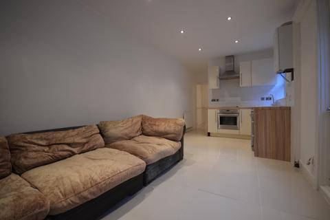 3 bedroom flat to rent - Herbert Road, Woolwich, SE18