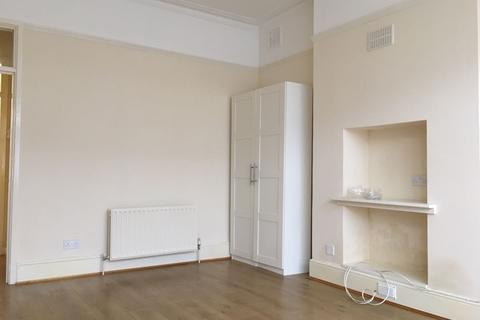 Studio to rent - Arran Road, London, Greater London. SE6 2LT