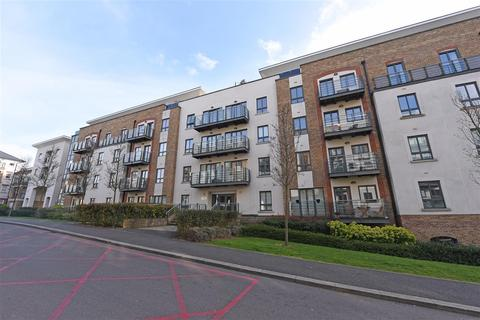 2 bedroom apartment for sale - Apsley House, Holford Way, London