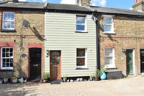 2 bedroom house for sale - Maldon Road, Great Baddow, Chelmsford