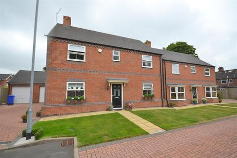 4 bedroom detached house for sale - Bank House Gardens, Burslem, Stoke-On-Trent