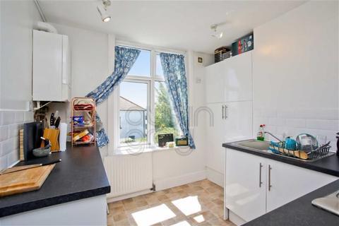 2 bedroom flat for sale - Old Shoreham Road, Hove