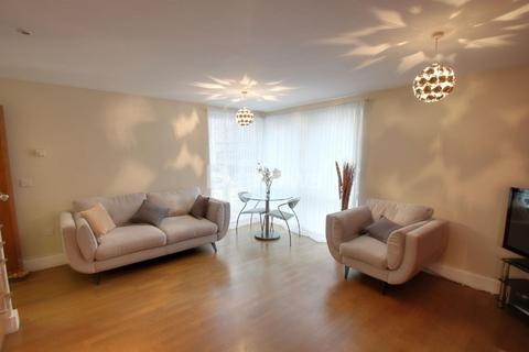 2 bedroom flat for sale - Capella House, Cardiff Bay