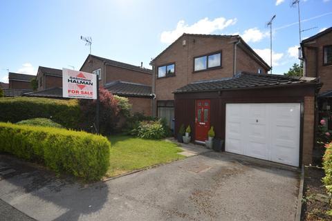3 bedroom link detached house for sale - March Avenue, Heaton Norris