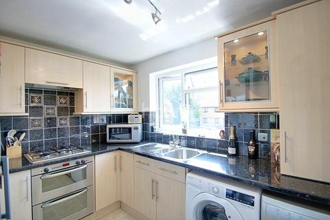 Colnbrook Rooms To Rent
