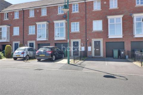4 bedroom detached house to rent - Molyneux Square