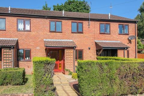 3 bedroom terraced house to rent - Ashbury Road, Bordon
