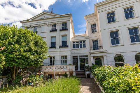 2 bedroom flat for sale - Montpelier Crescent Brighton East Sussex BN1