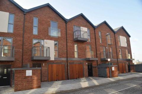 3 bedroom terraced house to rent - Oswald Road, Southampton