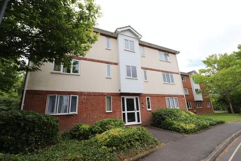 2 bedroom apartment to rent - Longstock Court, Andover