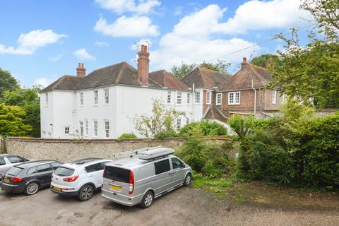 2 bedroom character property for sale - Lympne, CT21