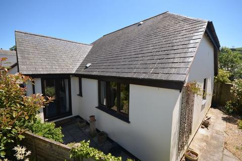2 bedroom detached bungalow for sale - 7 Stannary Place, Chagford