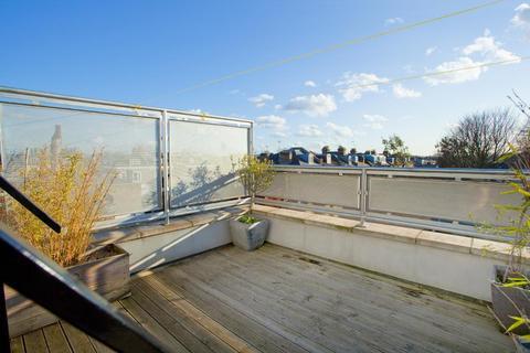 1 bedroom flat for sale - Uxbridge Road, Shepherds Bush, London, W12 9RA