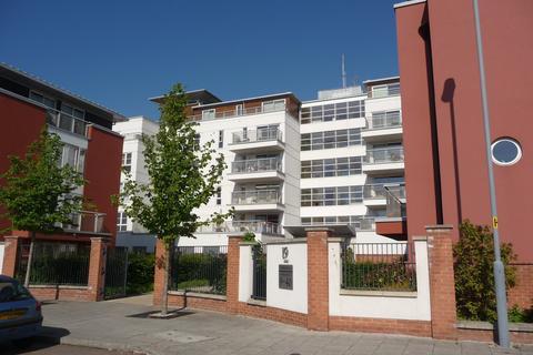 2 bedroom flat to rent - Watkin Road, Leicester,