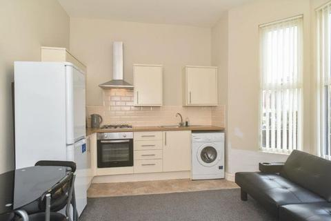 2 bedroom apartment to rent - Hartington Road, Toxteth, Liverpool
