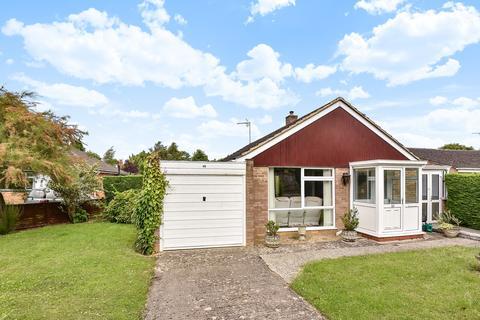 2 bedroom detached bungalow for sale - Leckhampton, Cheltenham