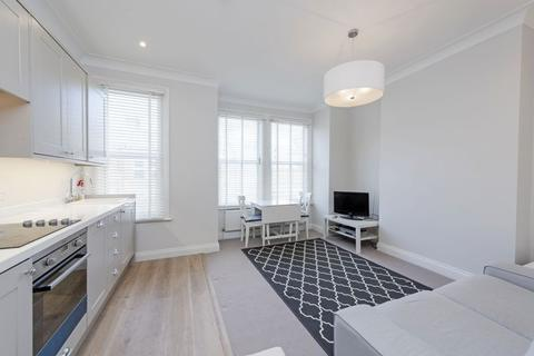 2 bedroom apartment for sale - Credenhill Street, London