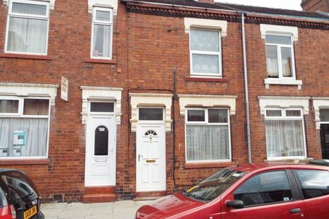 3 bedroom terraced house to rent - Carlton Road, Shelton, Stoke-On-Trent