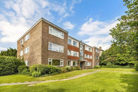 2 bedroom ground floor flat for sale - Southlands Grove, Bickley, Bromley