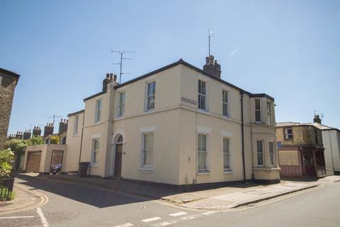 3 bedroom end of terrace house to rent - Emmaunel Road, Cambridge