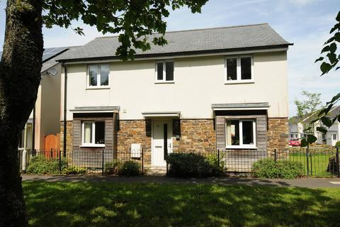 4 bedroom detached house for sale - Lulworth Drive
