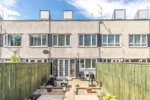 3 bedroom townhouse for sale - Hazeldene Avenue, Kenton Bar, Newcastle Upon Tyne