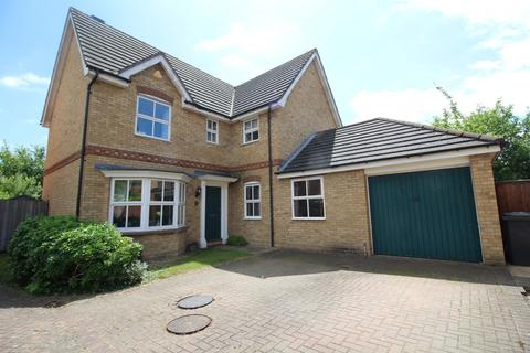 4 bedroom detached house for sale - Ridgewell Avenue, Chelmsford, Essex, CM1