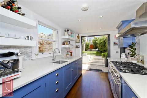 4 bedroom semi-detached house for sale - Havelock Road, Brighton, East Sussex