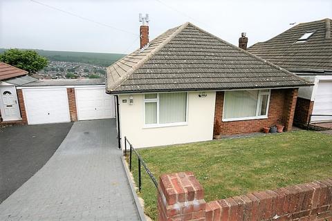 2 bedroom detached bungalow for sale - Westmeston Avenue, Saltdean, Brighton BN2