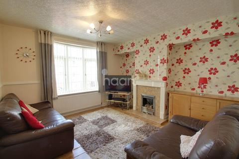 3 bedroom semi-detached house for sale - Littlegarth, Leicester